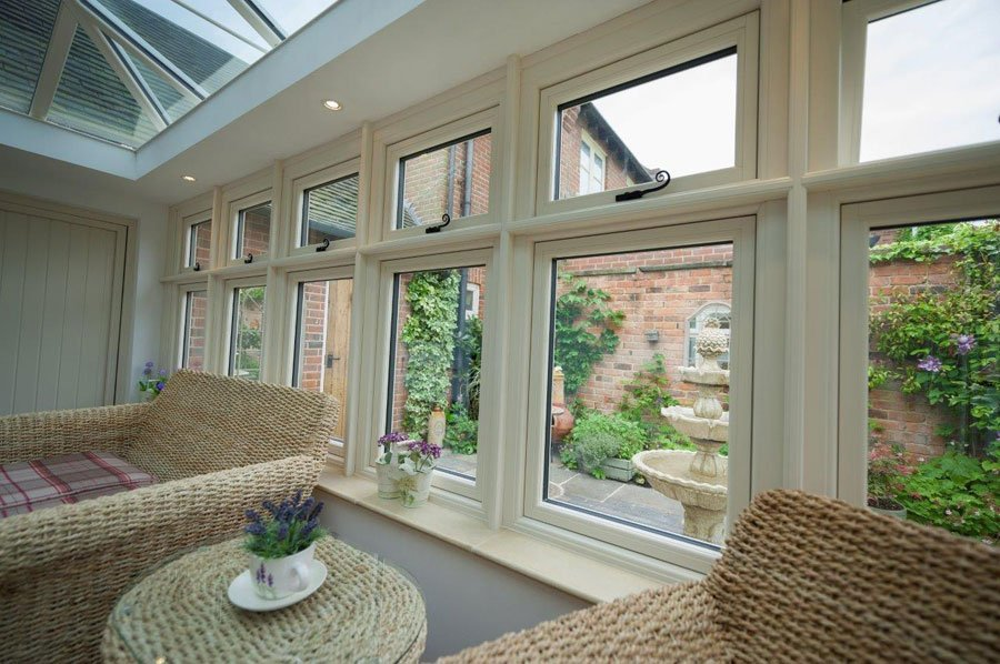 R9 Residence Windows